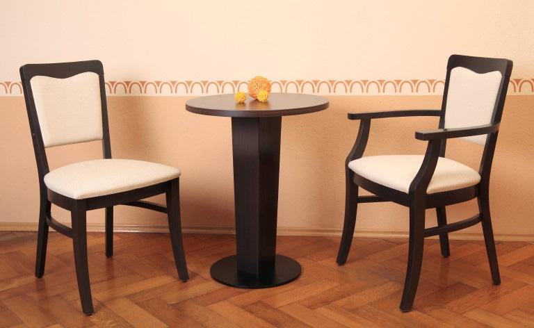Göhler Sitzmöbel GmbH - Stühle und Tisch FREIBURG 550